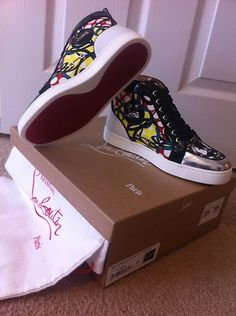 AUTHENTIC BRAND NEW IN BOX CHRISTIAN LOUBOUTIN SNEAKERS Size 37
