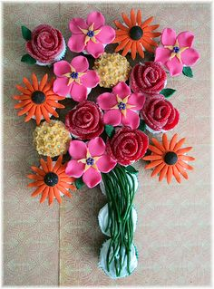 Just love this flower cupcakes bouquet