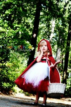 Cutest little red riding hood costume.  I wonder if I could try making this.....