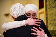 Benarkah Suami Menanggung Dosa Istri?