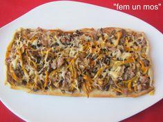 COCA DE CAMAGROCS I Love Food, Vegetable Pizza, Coco, Sandwiches, Toast, Vegetables, Wraps, Gastronomia, Mushrooms Recipes