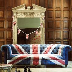 Union Jack. Not sure why I'm so in love with it... Wish I had a space for something like this :)