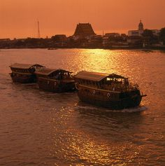 "Mekhala Cruise 2 Days / 1 Night Cruise Bangkok - Ayuthaya (Double Sharing)      Mekhala Cruise There is no finer way to view the captivating way of life that exists on Thailand's ""River of Kings"". In a simple one-day river trip on ..."