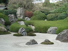 The dry landscape at Meigetsu-in, Kamakura.