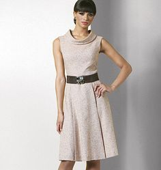 V8667 Misses'/Misses' Petite Dress | Misses'/Misses' Petite Dress | View All | Vogue Patterns