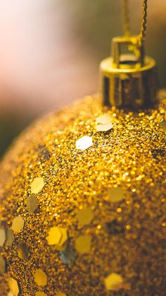 Golden Christmas Ball Glitter Decoration iPhone 6 Wallpaper