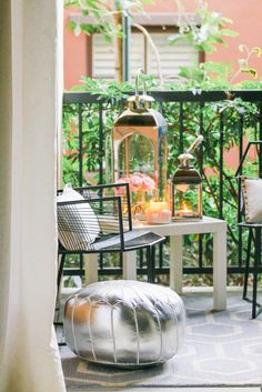 Style At Home // Small Space Moroccan Patio Décor with Rugs USA's Hacienda Outdoor Trellis Rug!
