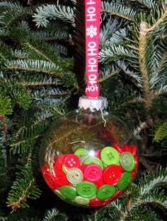 Get Festive With DIY Dyed Button Ornaments | Rit Dye