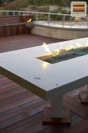 Awesome DIY Backyard Fire Pit Design Ideas & Plans to Make Happy with Your Family - Go to your and sit around the to maintain a conversation, instead. Make A Fire Pit, Fire Pit Uses, How To Make Fire, Diy Fire Pit, Fire Pit Backyard, Concrete Fire Pits, Wood Burning Fire Pit, Fire Pit Lighting, Propane Fire Pit Table
