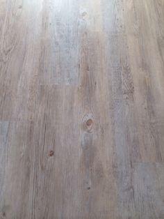 pvc effetto legno  pavimento in PVC flottante  Pinterest
