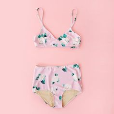 Lady of leisure two piece