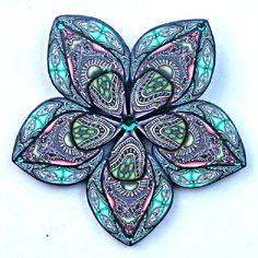 цветок из калейдоскопа из полимерной глины - брошь Jana Roberts Benzon