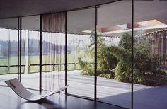 ÉPÍTÉSZ BELSŐÉPÍTÉSZ BLOG: Surreal Minimal Glasshouse in Austria by Flöckner + Schnöll Architects