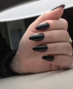 beautiful black nail polish designs everyone can do - nail design and nail art Black Acrylic Nails, Almond Acrylic Nails, Black Nail Polish, Nail Black, Black Manicure, Almond Nail Art, Polish Nails, Black Acrylics, Nail Polish Designs