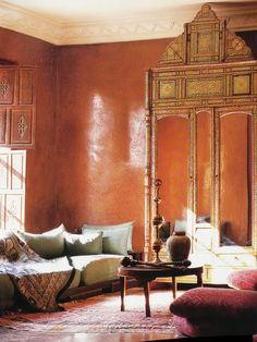 Moroccan decor, Tadelakt, nearly waterproof polished plaster Moroccan Interiors, Moroccan Decor, Moroccan Style, Moroccan Kitchen, Polished Plaster, Tadelakt, Kitchen Paint Colors, Grey Walls, Orange Walls