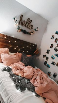 Cute teen bedroom hello lights pink photos on wall Teen Room Decor Ideas Bedroom cute Lights photos pink Teen wall Girl Bedroom Designs, Room Ideas Bedroom, Bedroom Inspo, Bedroom Themes, Diy Bedroom, Bedroom Ideas For Small Rooms Women, Beds For Small Rooms, Small Room Bedroom, Bedroom Colors