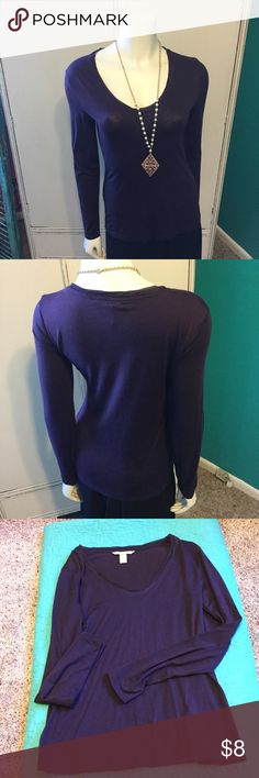 💥3 For $15💥Pretty Purple Banana Top Perfect for the summer Cold Office Days, Banana Republic Lightweight Long Sleeved Top Banana Republic Tops Tees - Long Sleeve