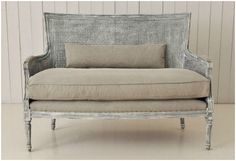 <b> Editor's Pick: </b> Rustic French-style seating