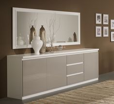 Buffet/bahut design 3 portes/3 tiroirs laqué gris/blanc Jewel