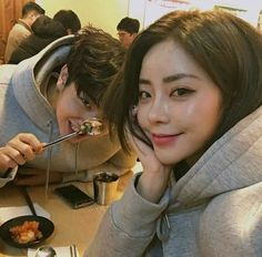 Shared by i hate everything. Find images and videos about couple, aesthetic and ulzzang on We Heart It - the app to get lost in what you love. Korean Boys Ulzzang, Ulzzang Korea, Ulzzang Couple, Ulzzang Girl, Korean Girl, Brown Aesthetic, Couple Aesthetic, Relationship Goals Pictures, Cute Relationships