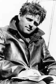 Jack London was an American novelist, journalist and social activist. He had a great impact on the literary world because he developed a new genre: science-fiction. His most famous works include The Call of the Wind and White Fang. Book Writer, Book Authors, People Reading, London Poster, Art Of Manliness, Writers And Poets, American Literature, Stieg Larsson, Playwright