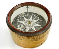 Century Compass to go to auction after being found within a box of ceramics Nautical Compass, Compass Rose, Seashell Art, Household Cleaners, 18th Century, Vintage Antiques, Old Things, Decorative Boxes, Kaleidoscopes