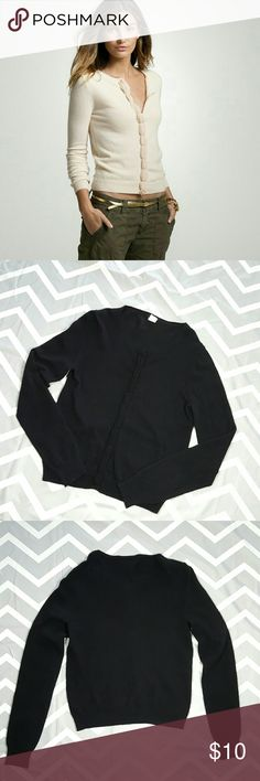 Black cardigan **Firm Price** Pre-owned good used condition, some light fuzziness really nothing bad. Has hidden snap buttons. 55% wool, 30% nylon, 15% cashmere  Armpit to armpit 16.5 Shoulder to shoulder 15 Length 22.5 Sleeve 26 J. Crew Sweaters Cardigans