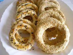 kandil simidi tarifi Onion Rings, Doughnut, Yogurt, Cookies, Ethnic Recipes, Desserts, Food, Crack Crackers, Tailgate Desserts
