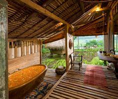 Coolest Hotel Bathtubs: Bambu Indah