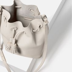Image 5 of TASSELLED BUCKET BAG from Zara