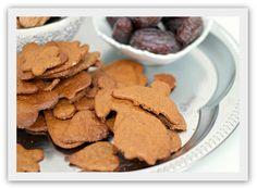 Ginger bread cookies, sugar free, butter free, gluten free. (In Norwegian)