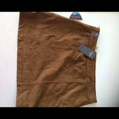 Suede Abercrombie&Fitch mini skirt, size 4 Brand new, brown suede mini skirt. Never worn. Fits true to size. Make me an offer!     http://m.abercrombie.com/shop/us/womens-mini-skirts/suede-a-line-skirt-6121091_01?ofp=true Abercrombie & Fitch Skirts Mini