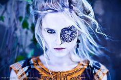#Fairytale #Fashion #Styling from Ursula Rosa #vimity http://www.vimity.com/vip/ursula_rosa/portfolio/fairy-tale/#  fashion stylist: Ursula Rosa  photographer: ELMERO