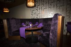 Indian Edge, curved seating area