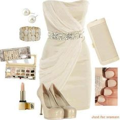 Short wedding dress look for a casual cruise wedding