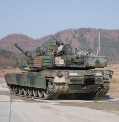 M1 Abrams, Military Armor, Sun Art, World Of Tanks, Battle Tank, Usmc, Us Army, Military Vehicles, Diorama
