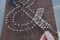 Ampersand (Wedding Gift) String Art | MULLINS² (http://mullins2.com/blog/2013/3/6/vintage-ampersand-string-art-diy.html)