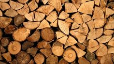 How To Split Firewood Cosy Night In, Cold Night, Wooden Wallpaper, How To Split, Oak Logs, Log Store, Firewood Storage, Wood Burner, Centre Pieces