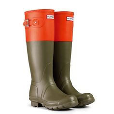 Shop our collection of iconic Hunter rain boots for women, men and kids. Wellies Boots, Hunter Rain Boots, Wellington Boot, Long Winter, Kids Boots, Designer Boots, Festival Fashion, Footwear, Colour Block