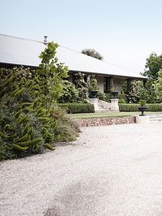 This amazing country style cottage located in the Adelaide Hills, SA is surround with a beautiful hedges and bright rose. Bush Garden, Home And Garden, Garden Bed, Farm Gardens, Outdoor Gardens, Rooftop Gardens, Bird In Hand Winery, Australia House, South Australia
