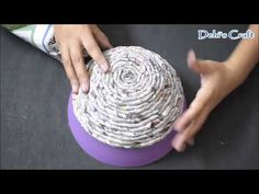How To Make A Bowl or Basket Using Rolled Newspaper Pasting Diy Crafts For Gifts, Yarn Crafts, Arts And Crafts, Paper Folding Crafts, Paper Crafts Origami, Newspaper Basket, Newspaper Crafts, Rolled Magazine Art, Rolled Paper Art