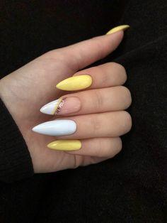 Дизайн на длинные ногти,миндальная форма,летний дизайн,геометрия,желтый цвет