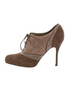 Gianvito Rossi Suede Round-Toe Booties