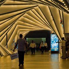 fantastic light installation. LIGHT ART INSTALLATION + LIGHT DESIGN + LICHTKUNST