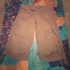 Hei Hei Shorts Sz 6 Hei Hei Shorts Sz 6 Brown. Drawstrings on sides for length adjustments. Anthropologie Shorts Bermudas