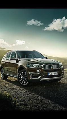 Let the new SUV researching and shopping begin! Its down to the BMW x5 and Mercedes....the former will win out tho i foresee :)