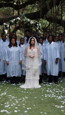Picture of demi lovato Demi Lovato Music Video, Selena Gomez, Demi Lovato Style, Demi Lovato Pictures, Bridesmaid Dresses, Wedding Dresses, American Singers, Beautiful People, Dream Wedding