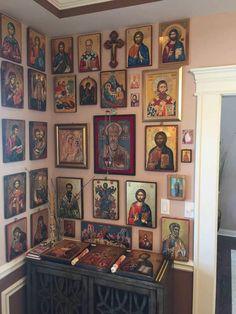 Orthodox Prayers, Orthodox Christianity, Religious Icons, Religious Art, Home Altar Catholic, Prayer Corner, Byzantine Icons, Home Icon, Prayer Room