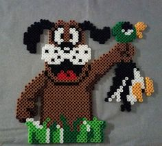 dit plaatje staat voor het spel dat ik altijd speelde op de 8 bit van Nintendo. lag dubbel als een ander miste want dan kreeg je dit zelfde hondje jankend te zien.