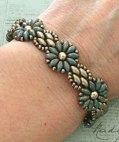 Linda's Crafty Inspirations: Bracelet of the Day: Daisy Chain - Nebula & Brown Sugar